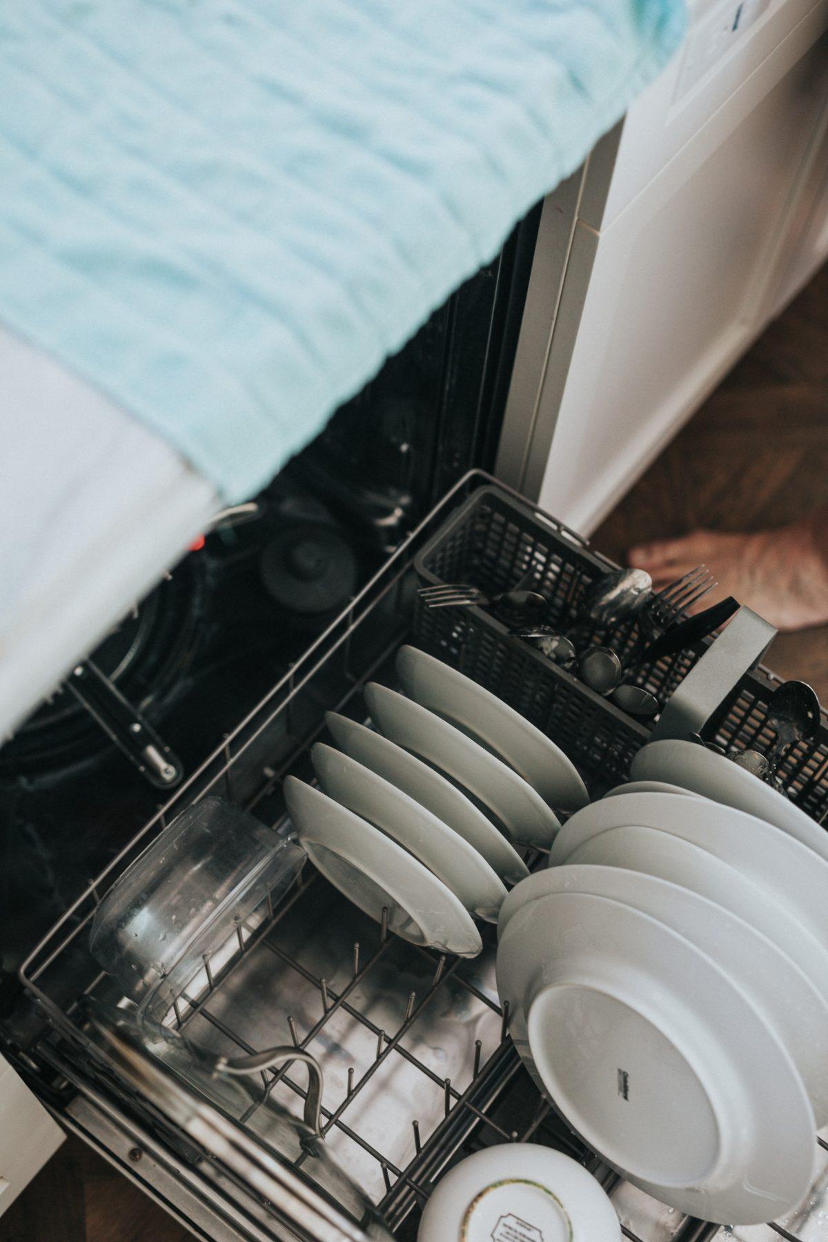 Dette skal du huske, når du skal købe ny opvaskemaskine til hjemmet